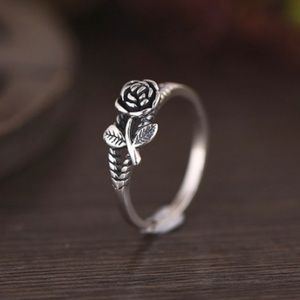 Jewelry - 🎁 Adjustable Single Rose Ring